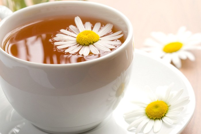 home remedies for anxiety - take a cup of chamomile each day