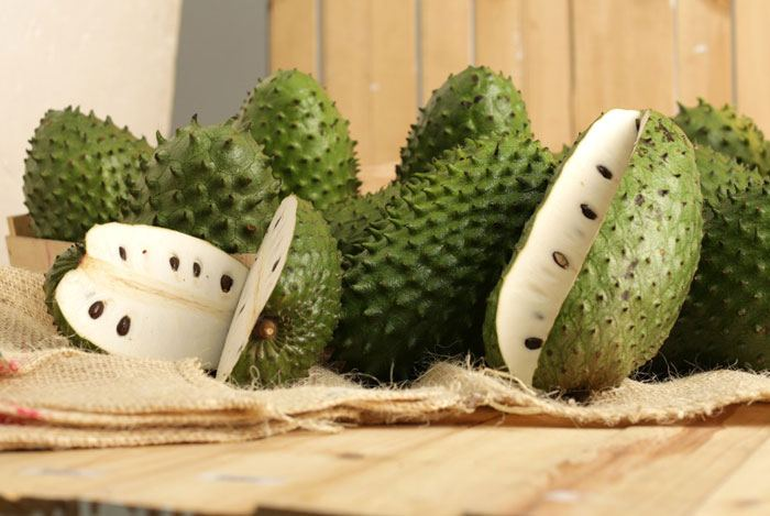 http://effectiveremedies.com/wp-content/uploads/2015/06/home-remedies-for-anxiety-soursop.jpg