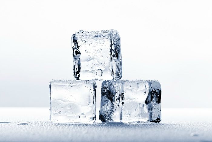home remedies for toothache - ice cubes