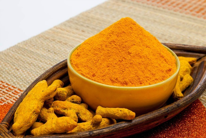 You can use turmeric in different ways for treating psoriasis:: 2