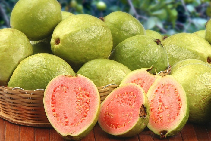 home remedies for constipation - guavas