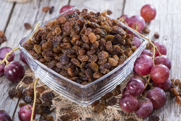 home remedies for constipation - raisins