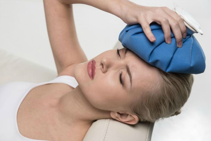 home remedies for headaches - ice pack